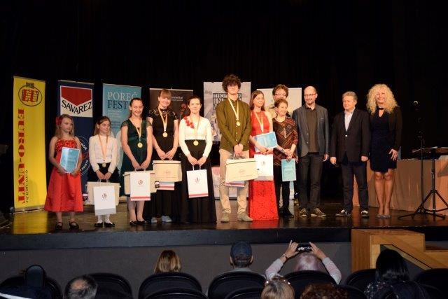 Violine - svečana podjela nagrada, medalja i plaketa